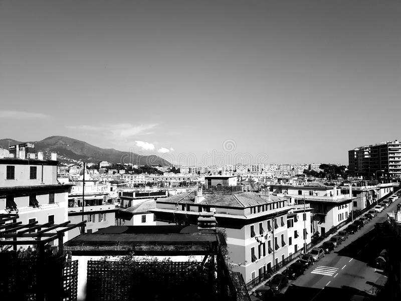 Een verbazende titel van sommige moderne gebouwen rond Italië stock afbeeldingen