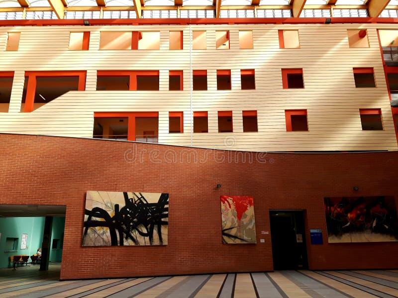 Een verbazende titel van sommige moderne gebouwen rond Italië royalty-vrije stock afbeelding