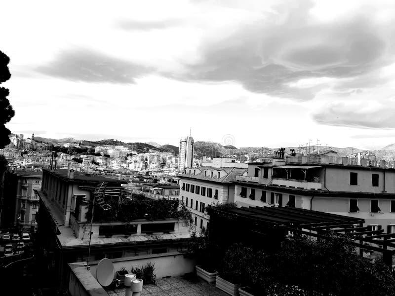 Een verbazende titel van sommige moderne gebouwen rond Italië stock foto's