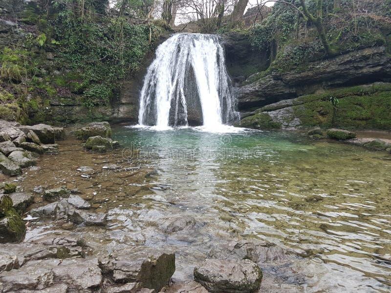 Een verbazende waterval mallham stock foto