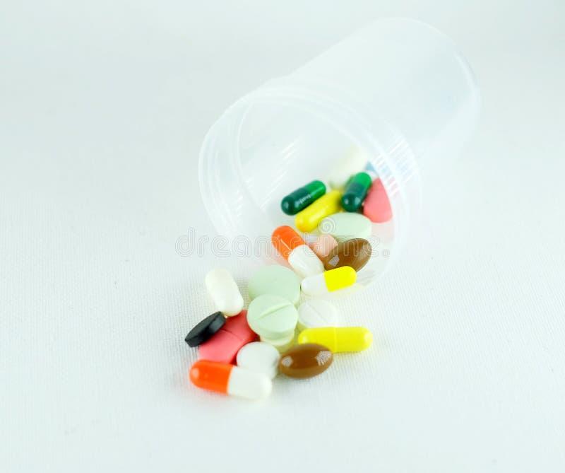 Een verscheidenheid van medicijnen stock foto's