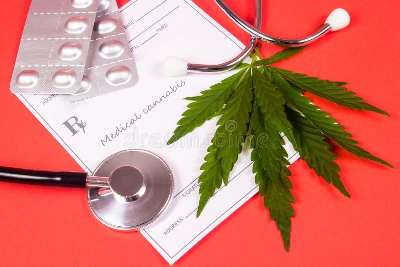 Een voorschrift voor medische marihuana stock fotografie