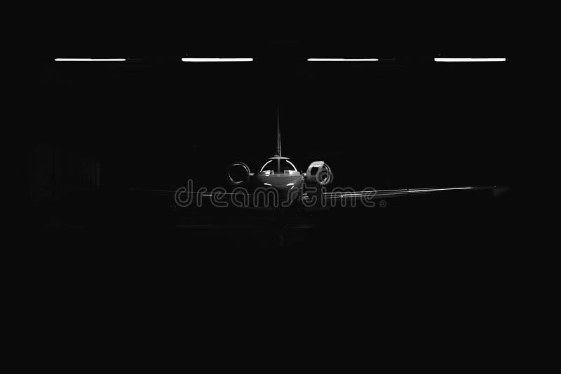 Een voorzijde van een licht vliegtuig in de bunker royalty-vrije stock foto's