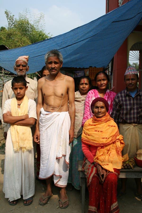 Een vrolijke Hindoese familie van Nepal stock foto