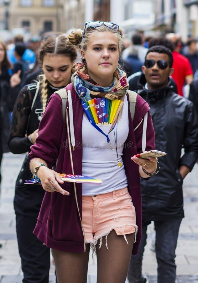 Een vrouw bij Christopher Street Day-CDD in München, Duitsland stock afbeelding