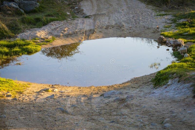 Een vulklei van water stock foto