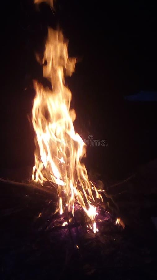 Een vuur in het land stock foto