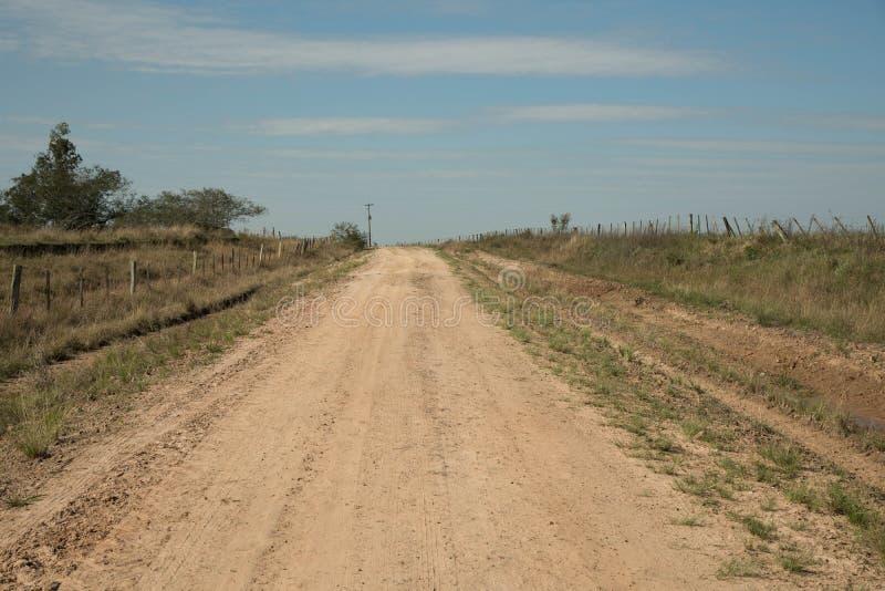 Een weg aan het binnenland royalty-vrije stock foto