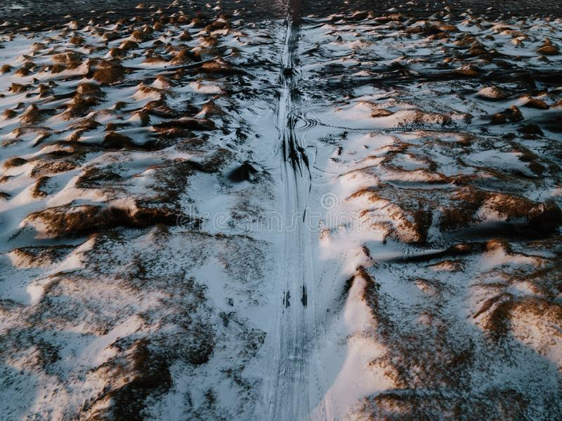 Een weg in Stokksnes, IJsland stock fotografie
