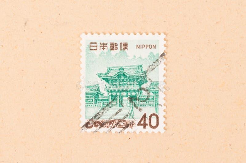 Een zegel in Japan wordt gedrukt toont een oud gebouw, circa 1980 die royalty-vrije stock foto