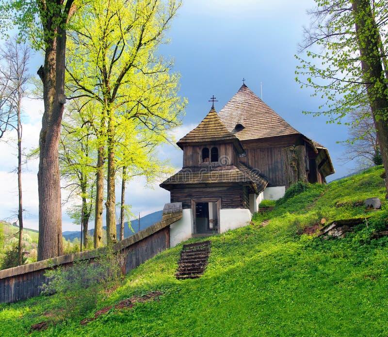 Een zeldzame Unesco-kerk in Lestiny, Slowakije stock afbeelding