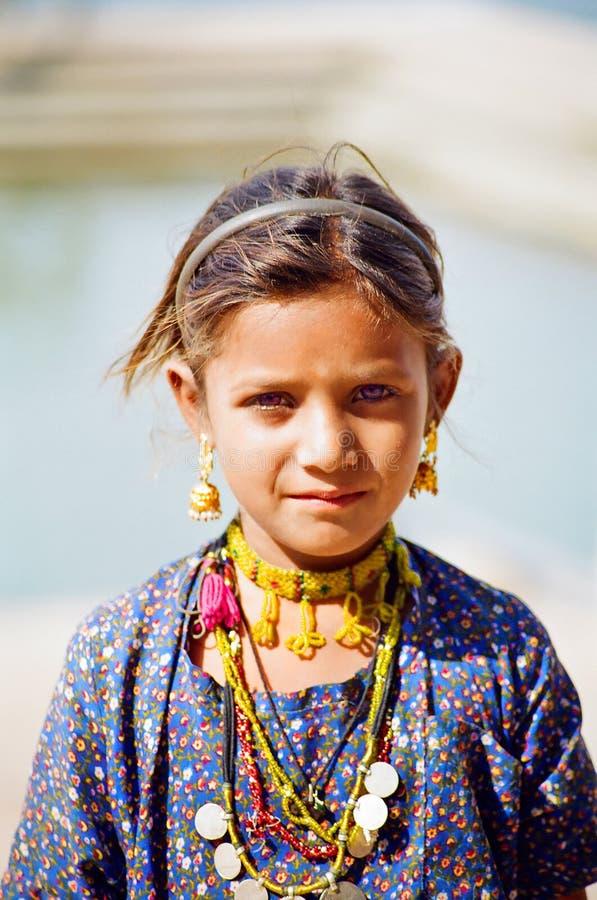 Het Meisje van de zigeuner in Pushkar, Rajasthan India stock fotografie