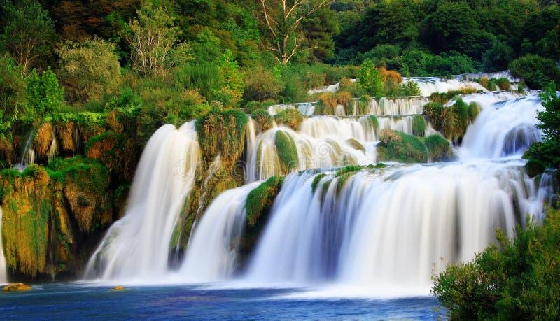 Een zijdeachtige waterval stock fotografie