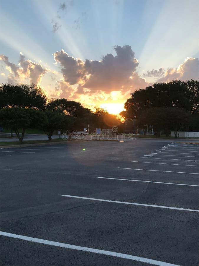 Een zonsopgang bij de j-gezondheidsclub in Dallas, Texas stock afbeeldingen