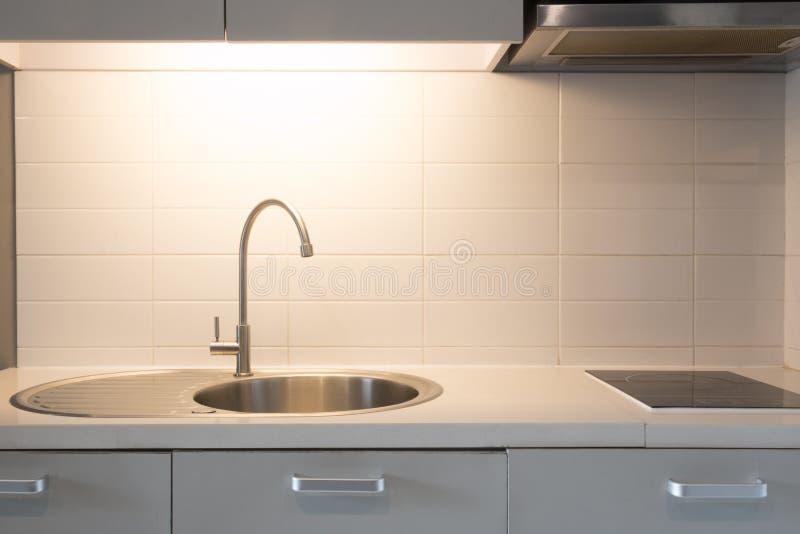 Eenvoudig keuken stock afbeeldingen