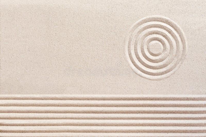 Eenvoudige geestelijke patronen in Japans Zen Garden royalty-vrije stock afbeeldingen