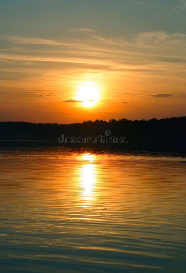 Eenvoudige schitterende zonsondergang stock foto's