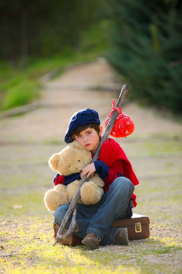 Eenzaam droevig kind royalty-vrije stock foto's