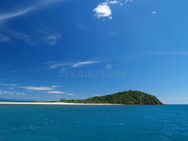 Eenzaam tropisch eiland stock foto