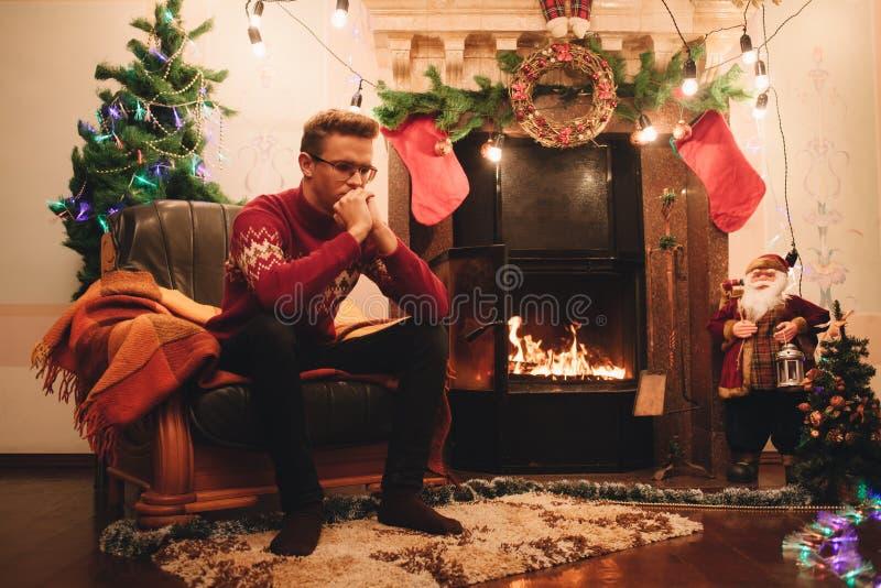 Eenzaamheid bij Kerstmis stock afbeeldingen