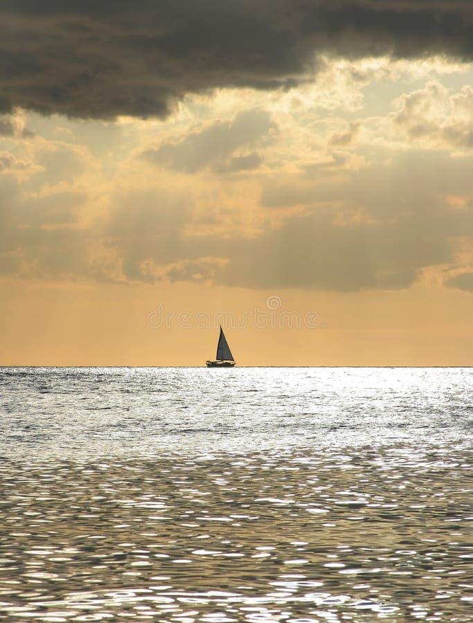 Eenzame boot stock foto's