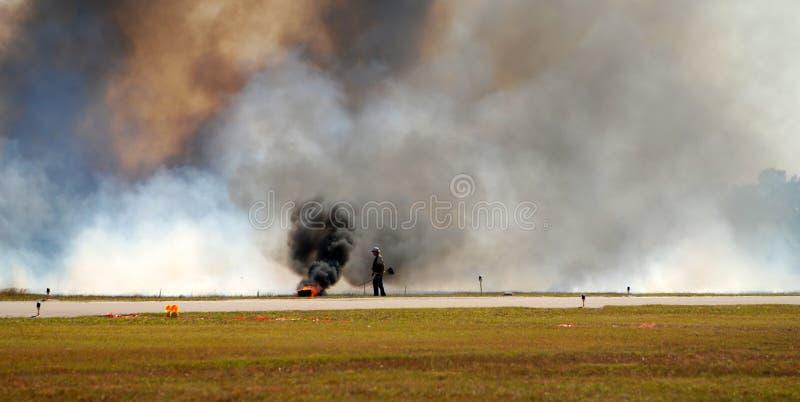 Eenzame brandbestrijder royalty-vrije stock afbeeldingen