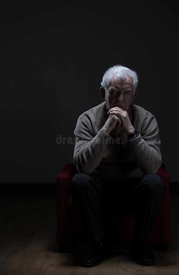 Eenzame Hogere mens royalty-vrije stock afbeelding