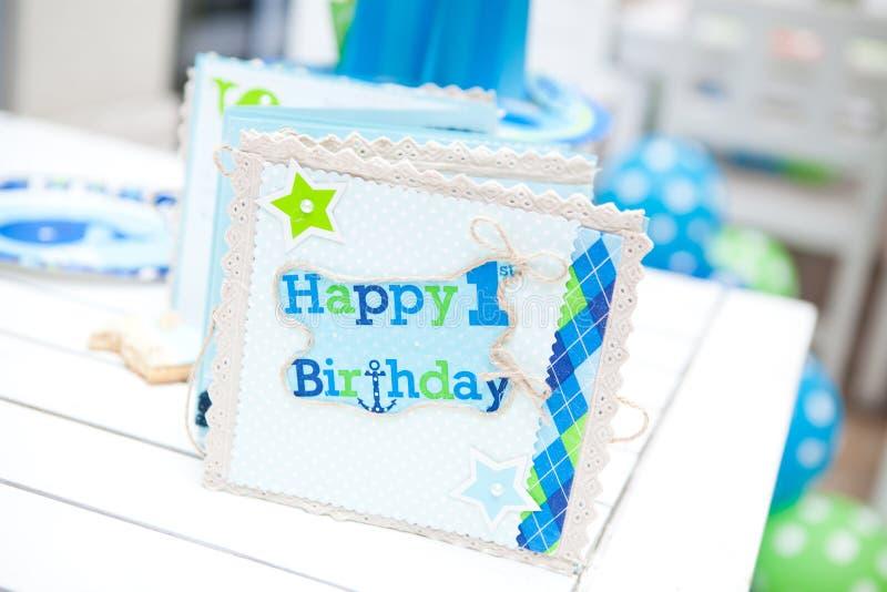 Eerste de verjaardagspartij van de babyjongen - gastboek stock foto