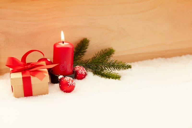 Eerste Komst vóór Kerstmis met kaars royalty-vrije stock afbeeldingen