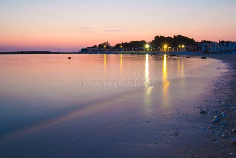 Eerste licht van de ochtend bij Portonovo-baai royalty-vrije stock afbeeldingen