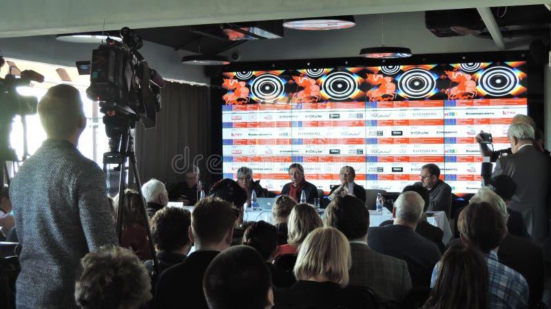 Eerste officiële persconferentie van Internationaal de Filmfestival van 41ste Moskou stock afbeelding