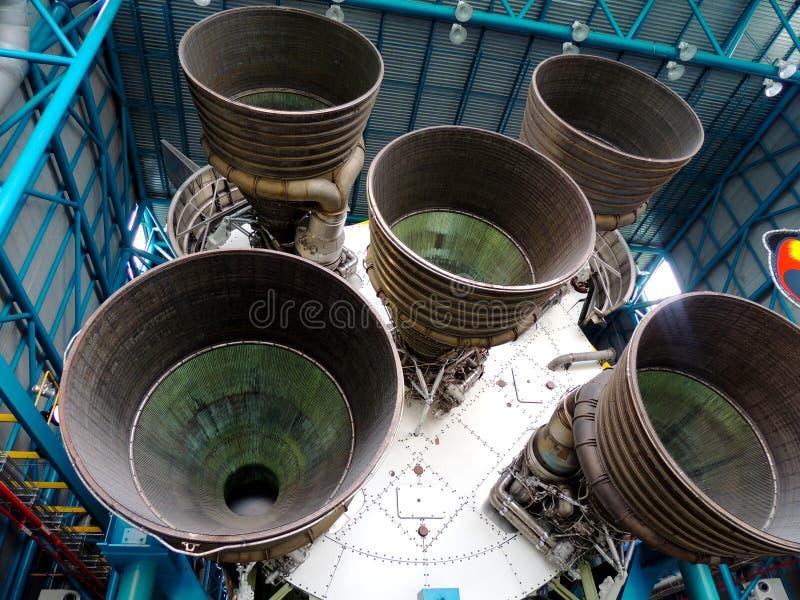 Eerste Stadium Saturn Vijf raket stock afbeeldingen