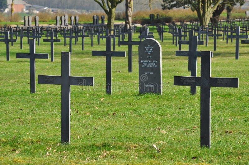 Eerste Wereldoorlog Duitse begraafplaats, Noordelijk Frankrijk royalty-vrije stock fotografie