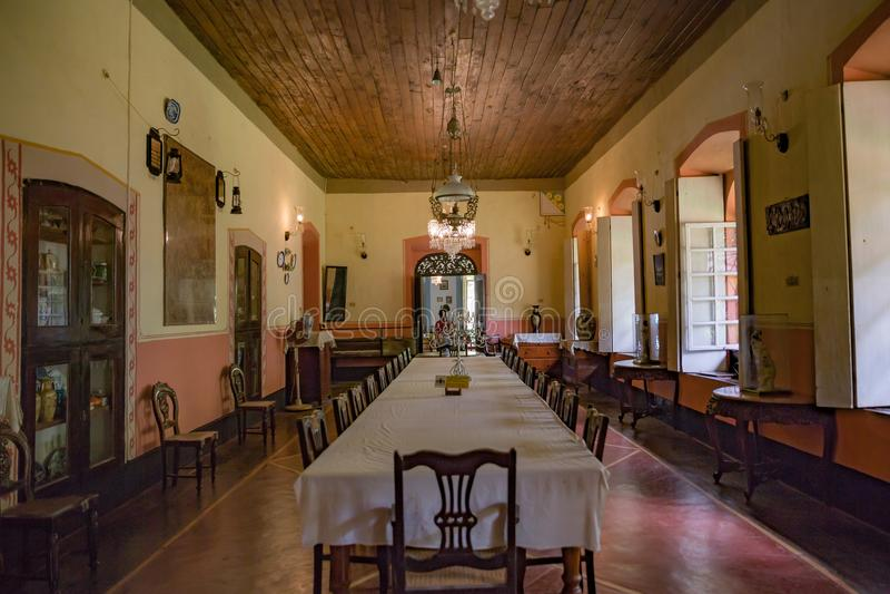 Eetkamer, Portugees Huis royalty-vrije stock foto