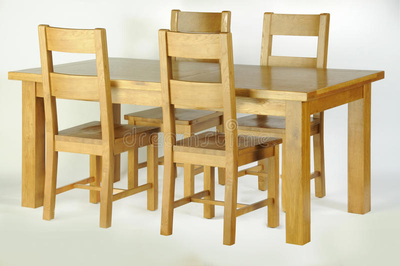 Eettafel en stoelen royalty-vrije stock foto