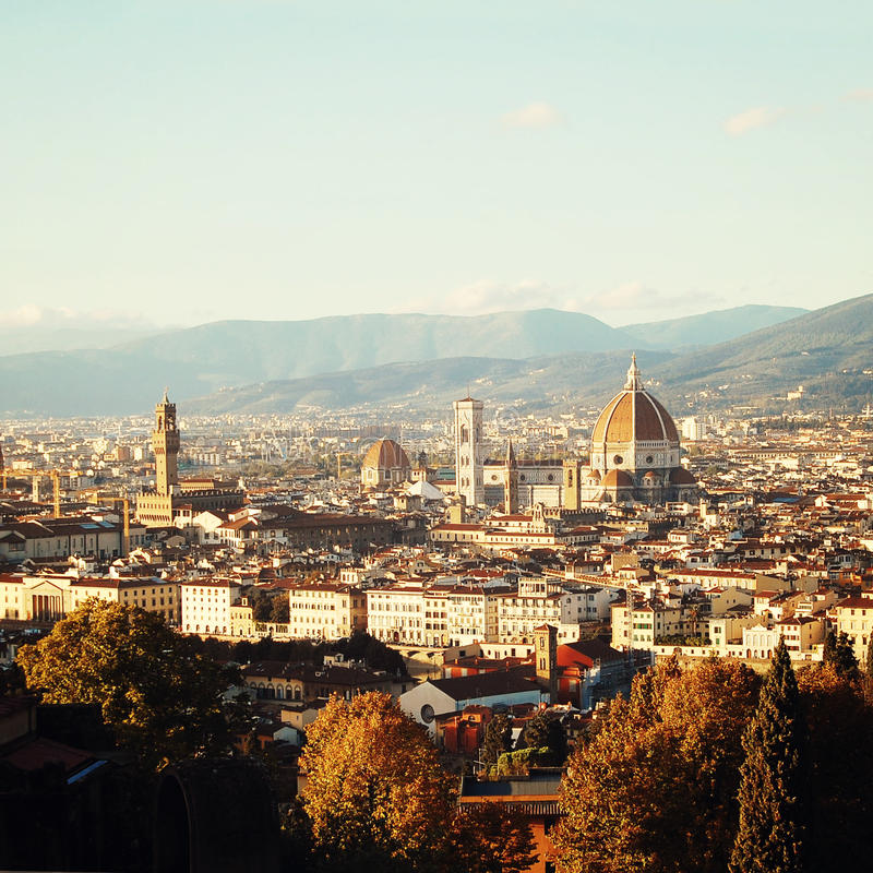 Efecto del vintage de Florence Cathedral Opinión de la ciudad y Duomo de Firenze fotografía de archivo libre de regalías