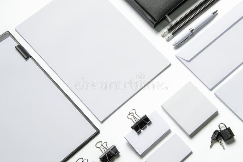 Efectos de escritorio en blanco en blanco imagen de archivo