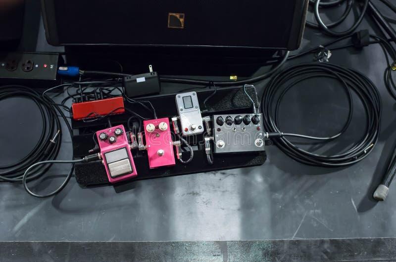 Efectos del pedal de la guitarra imágenes de archivo libres de regalías