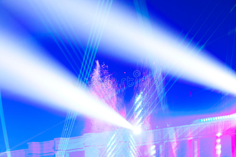 Efectos luminosos de la etapa imagen de archivo libre de regalías