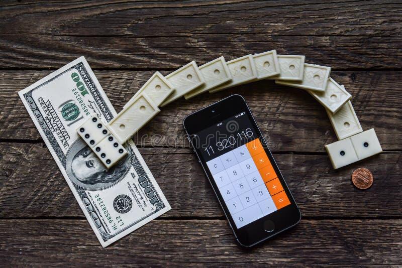 Efeito de dominó, riqueza - pobreza imagem de stock