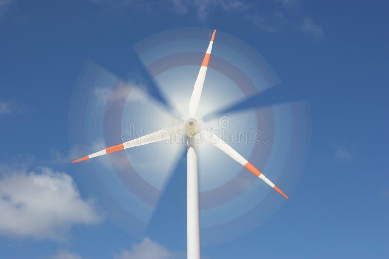 Efeito do movimento no moinho de vento fotografia de stock