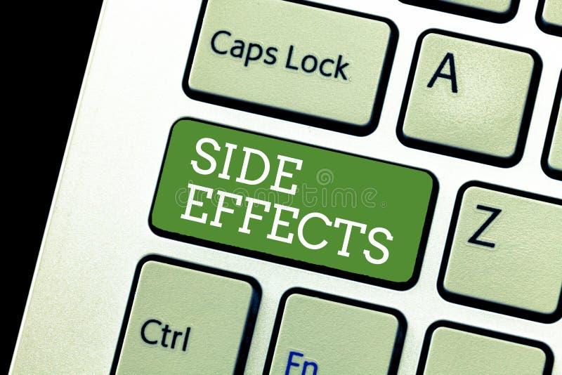 Efeitos secundários da escrita do texto da escrita Conceito que significa uma reação negativa sem intenção a uma medicina e a um  imagens de stock