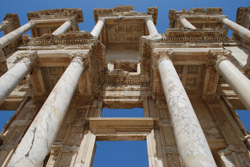 Download Efes biblioteczni obraz stock. Obraz złożonej z archeologiczny - 13706313