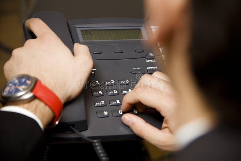 Effectuer un phonecall photos stock