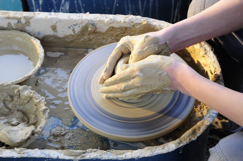 Effectuez la poterie image stock