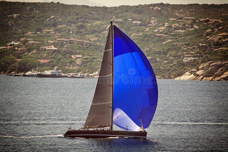 Effekt för tappning för segelbåtregatta tävlings- arkivbild