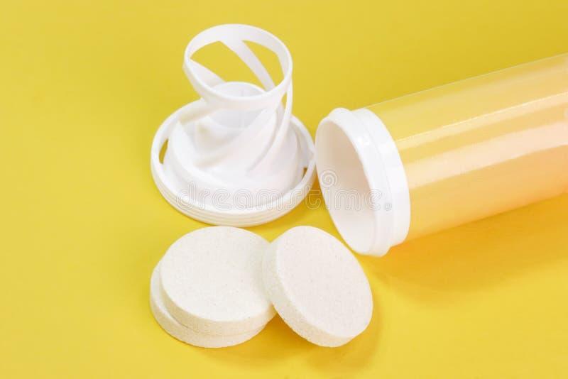 effervescent таблетка стоковое фото rf
