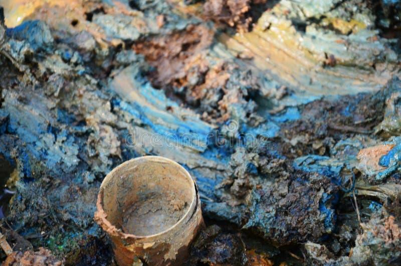 Effets de l'environnement des produits chimiques et des métaux lourds dans le sol photographie stock