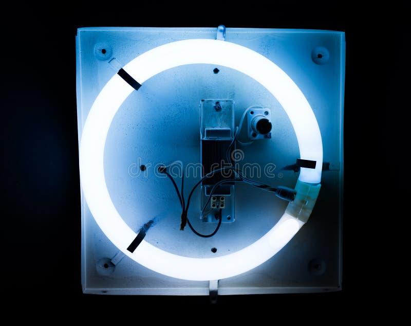 Effetti della luce al neon sul segnaposto rotondo fotografia stock libera da diritti
