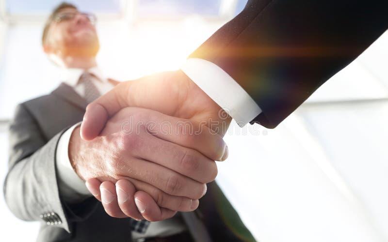 Efficiënte onderhandeling met cliënt Bedrijfsconceptenfoto royalty-vrije stock fotografie